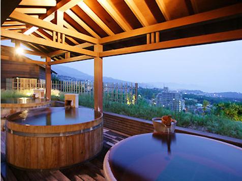 以沐浴温泉为目的,达到健身、养生、休闲、度假效果的温泉旅游,成为2015丝绸之路旅游规划旅游年的新特色